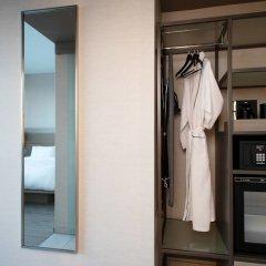 Отель AC Hotel by Marriott Beverly Hills США, Лос-Анджелес - отзывы, цены и фото номеров - забронировать отель AC Hotel by Marriott Beverly Hills онлайн сейф в номере