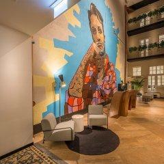 Отель Artagonist Art Hotel Литва, Вильнюс - 1 отзыв об отеле, цены и фото номеров - забронировать отель Artagonist Art Hotel онлайн интерьер отеля фото 2