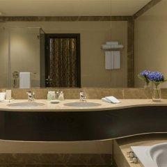 Отель Four Points by Sheraton Kuwait ванная фото 2