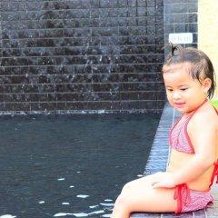 Отель Sugar Palm Grand Hillside бассейн