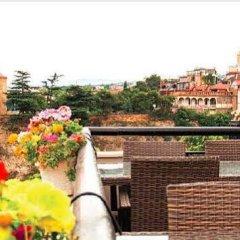 Отель Tiflis Palace бассейн