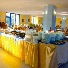 Отель Azurro Болгария, Солнечный берег - отзывы, цены и фото номеров - забронировать отель Azurro онлайн питание фото 2