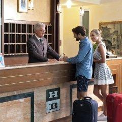 Отель Bologna Terme Италия, Абано-Терме - отзывы, цены и фото номеров - забронировать отель Bologna Terme онлайн интерьер отеля