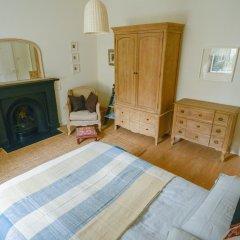 Апартаменты 398 Avondale Place Apartment Эдинбург комната для гостей