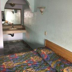 Отель Budget Motel США, Лос-Анджелес - отзывы, цены и фото номеров - забронировать отель Budget Motel онлайн удобства в номере фото 2