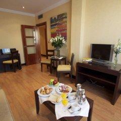 Отель Occidental Granada в номере фото 2
