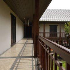 Отель Villa Phra Sumen Bangkok Таиланд, Бангкок - отзывы, цены и фото номеров - забронировать отель Villa Phra Sumen Bangkok онлайн балкон