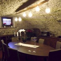 Отель B&B Antico Borgo Манерба-дель-Гарда гостиничный бар