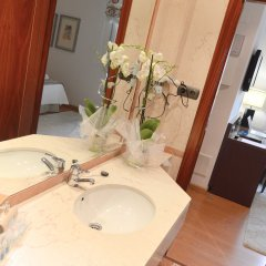 Hotel Infantas de León ванная
