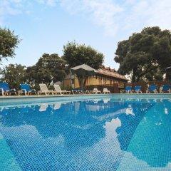 Hotel Torres de Somo бассейн