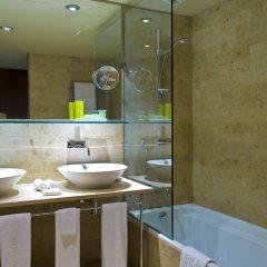 Gran Hotel Domine Bilbao ванная фото 2