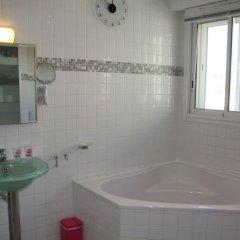 Отель HappyFew Appartement l'Aviateur Франция, Ницца - отзывы, цены и фото номеров - забронировать отель HappyFew Appartement l'Aviateur онлайн ванная