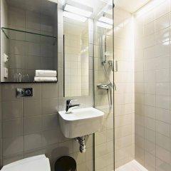 Отель STF Göteborg City Vandrarhem Швеция, Гётеборг - отзывы, цены и фото номеров - забронировать отель STF Göteborg City Vandrarhem онлайн ванная