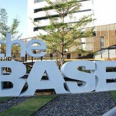 Отель The Base Rama 9 Hotel By Ricco Таиланд, Бангкок - отзывы, цены и фото номеров - забронировать отель The Base Rama 9 Hotel By Ricco онлайн бассейн
