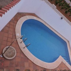 Отель Villa With 7 Bedrooms in Conil de Frontera, With Private Pool, Enclosed Garden and Wifi - 900 m From the Beach Кониль-де-ла-Фронтера бассейн