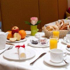 Отель Altstadthotel Weisse Taube Австрия, Зальцбург - отзывы, цены и фото номеров - забронировать отель Altstadthotel Weisse Taube онлайн в номере фото 2