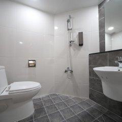 Отель Myeong-Dong New Stay Inn ванная
