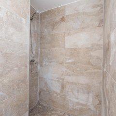 Отель Vista Alegre Hostal Кастро-Урдиалес ванная фото 2