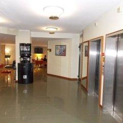 Отель Holiday Inn Milan Linate Airport Пескьера-Борромео банкомат