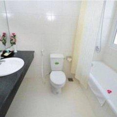Отель Lam Bao Long Hotel Вьетнам, Хюэ - отзывы, цены и фото номеров - забронировать отель Lam Bao Long Hotel онлайн ванная фото 2