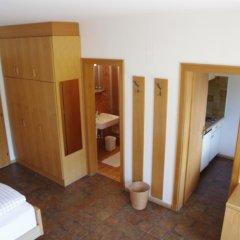Отель Appartements Oberpefohl Парчинес комната для гостей