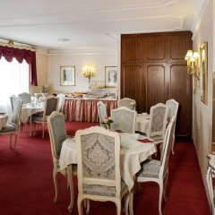Suzanne Hotel Pension Вена помещение для мероприятий