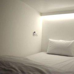 3howw Hostel @ Sukhumvit 21 Бангкок комната для гостей фото 4
