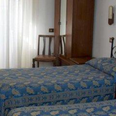 Отель Albergo Del Sole Al Biscione удобства в номере