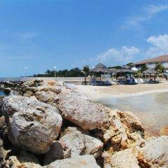 Отель Club Ambiance - Adults Only Ямайка, Ранавей-Бей - отзывы, цены и фото номеров - забронировать отель Club Ambiance - Adults Only онлайн пляж фото 2