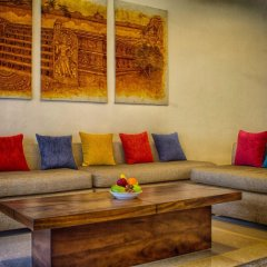 Отель Lakeside At Nuwarawewa Анурадхапура комната для гостей