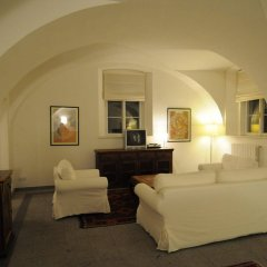 Отель PVH Charming Flats Vlasska Чехия, Прага - отзывы, цены и фото номеров - забронировать отель PVH Charming Flats Vlasska онлайн комната для гостей фото 2