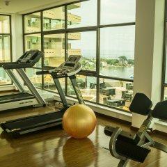 Отель Bintumani Hotel Сьерра-Леоне, Фритаун - отзывы, цены и фото номеров - забронировать отель Bintumani Hotel онлайн фитнесс-зал