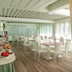 Hotel Aristeo Римини помещение для мероприятий фото 2