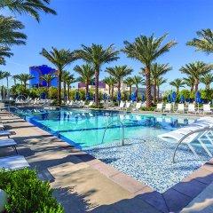 Отель Wyndham Desert Blue США, Лас-Вегас - отзывы, цены и фото номеров - забронировать отель Wyndham Desert Blue онлайн бассейн