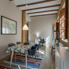 Апартаменты Apartment Ruzafa Sornells комната для гостей