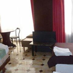 Отель Highlander Guest House And Bar Сан Джулианс комната для гостей фото 2
