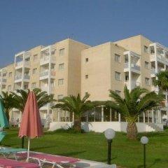 Отель Astreas Beach Hotel Кипр, Протарас - 2 отзыва об отеле, цены и фото номеров - забронировать отель Astreas Beach Hotel онлайн вид на фасад