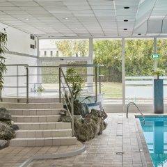 Отель Holiday Inn Brussels Airport бассейн