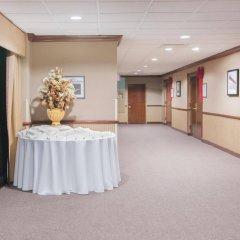 Отель Crowne Plaza Hotel-Newark Airport США, Элизабет - отзывы, цены и фото номеров - забронировать отель Crowne Plaza Hotel-Newark Airport онлайн помещение для мероприятий