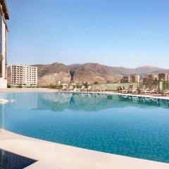 Отель Ramada Iskenderun бассейн