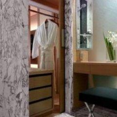 Отель Grand Hyatt Singapore Сингапур, Сингапур - 1 отзыв об отеле, цены и фото номеров - забронировать отель Grand Hyatt Singapore онлайн сейф в номере