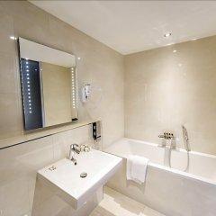 Отель Ozo Hotel Нидерланды, Амстердам - 9 отзывов об отеле, цены и фото номеров - забронировать отель Ozo Hotel онлайн ванная фото 2