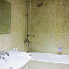 Гостиница Sky Luxe Hotel Казахстан, Нур-Султан - отзывы, цены и фото номеров - забронировать гостиницу Sky Luxe Hotel онлайн ванная