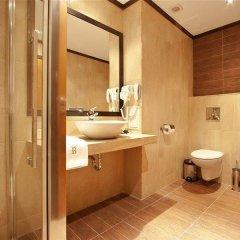Отель Best Western Plus Bristol Hotel Болгария, София - 4 отзыва об отеле, цены и фото номеров - забронировать отель Best Western Plus Bristol Hotel онлайн ванная фото 2