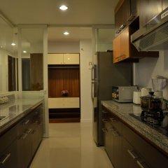 Апартаменты An Phu Plaza Serviced Apartment в номере фото 2