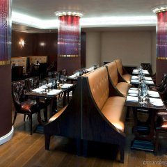 Sanctum Soho Hotel гостиничный бар