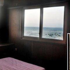 Отель Mamas Coral Beach Hotel & Restaurant Шри-Ланка, Хиккадува - отзывы, цены и фото номеров - забронировать отель Mamas Coral Beach Hotel & Restaurant онлайн комната для гостей фото 7