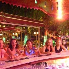 Отель Palm Beach гостиничный бар
