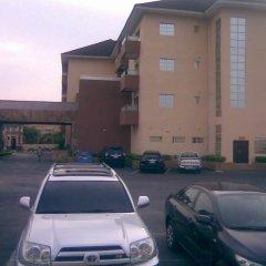 Отель Princeville Hotels Нигерия, Калабар - отзывы, цены и фото номеров - забронировать отель Princeville Hotels онлайн парковка