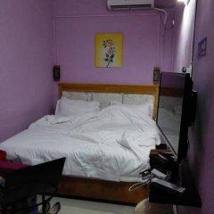 Апартаменты Guangzhou LanYueGe Apartment Beijing Road сейф в номере